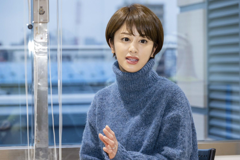 「耳管開放症」の説明をする河辺千恵子さん